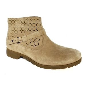 Teva Delavina Suede Ankle Boots size 7.5